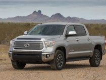 2014-Toyota-Tundra-front-three-quarter